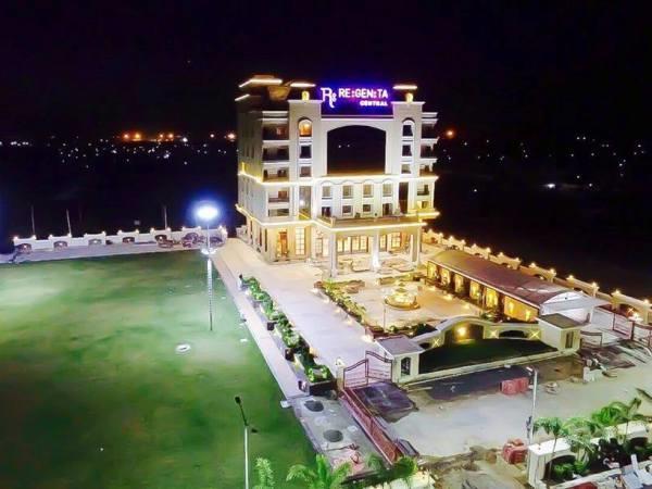 Hotel Regenta Central