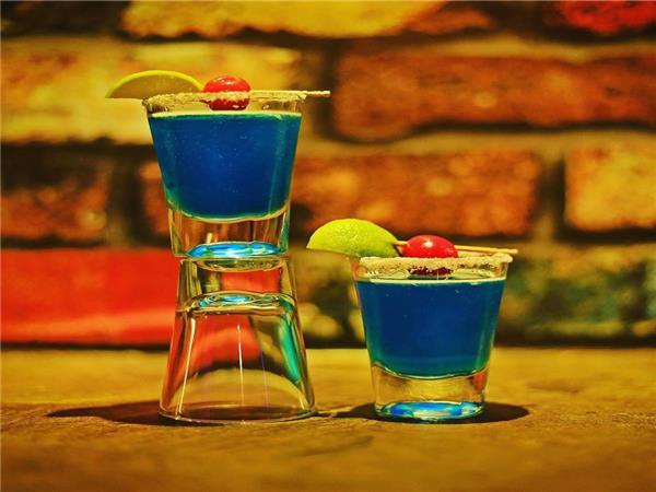 Hauz Khas Cafe Bar