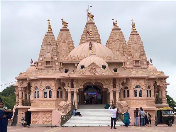 Shri Swaminarayan Mandir (Temple)